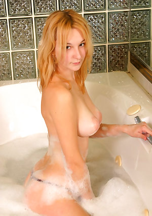 Misty gets her huge titties really sudsy