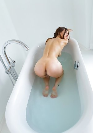 Alisa I Nude in Lets Take A Bath I