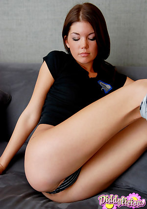 Pretty adolescent Diddylicious in socks flashes cameltoe and breath taking butt on her knees