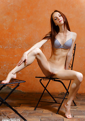 Very lean maiden Lapa removes her dress till strip her scrawny butt and vagina