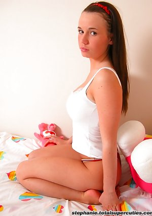 Inviting kneeling nonnude young looking