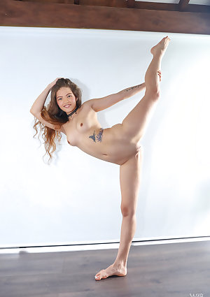 Flexible young Irene Rouse bares her small boobs & stretches long legs nude  Höschen Jung babe skinny boobs lingerie nude small ass legs