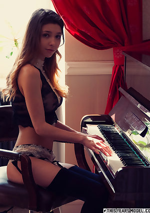 Mila Azul Plays Piano